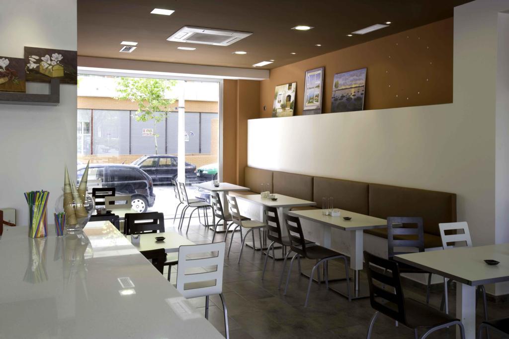 Proyectos instalaciones de alimentos panader as y hosteleria for Muebles para cafeteria economicos