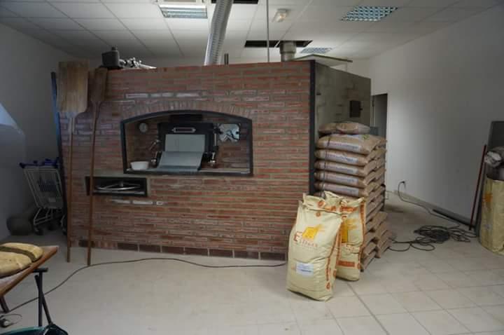 Hornos de le a para panaderia segunda mano transportes for Horno pizza segunda mano